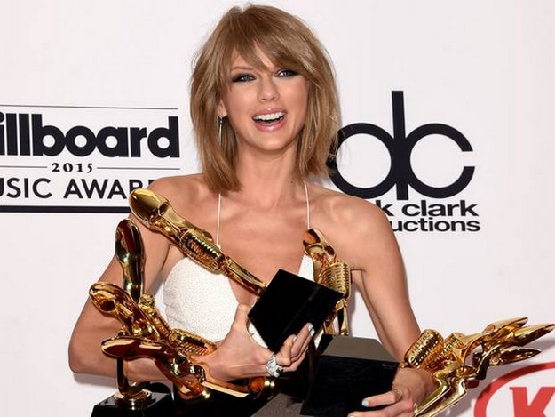 A big bang of Taylor Swift & Sam Smith as a winner on Billboard Music Awards 2015