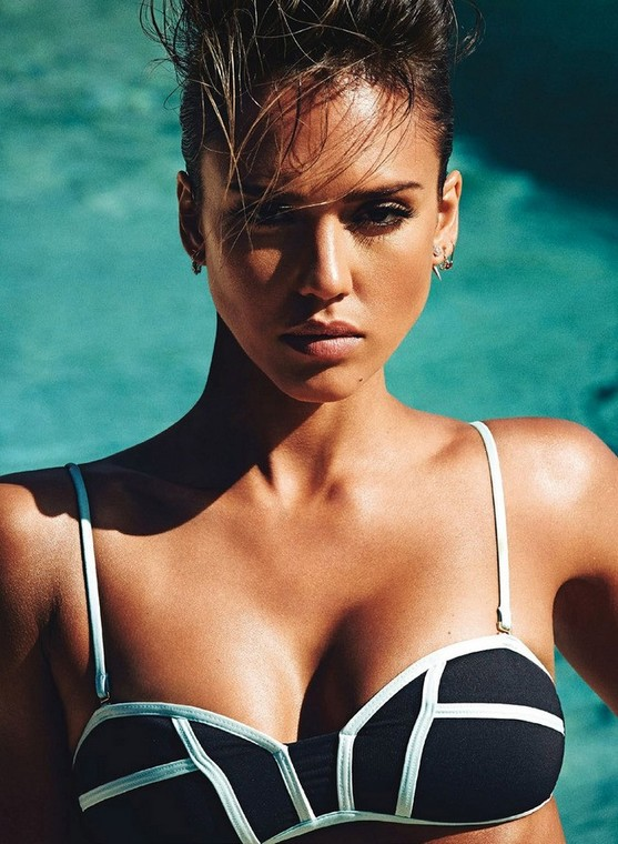 Jessica Alba Greased Up her hottie figure For Shape Magazine