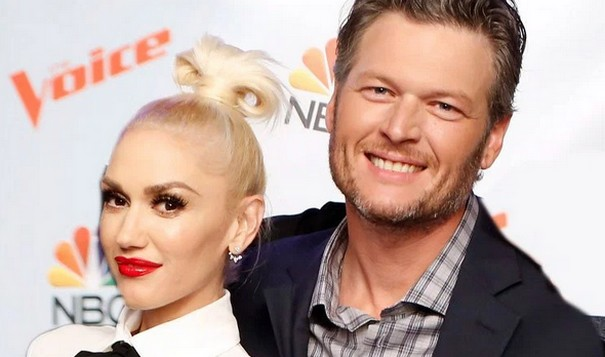 Blake Shelton and Gwen Stefani flirt publicly on The Voice