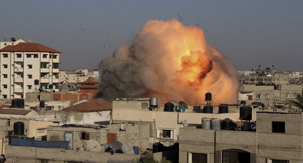 Israel Carries Out Air Strikes in Gaza