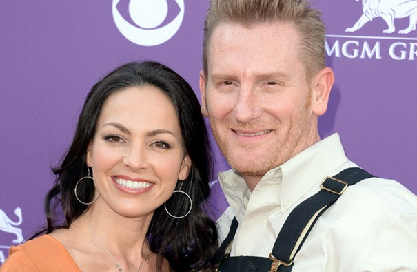 Joey Feek stops all treatment to be with her daughter