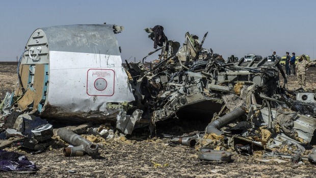 U.K. Defers Sinai Flights Saying Russian Jet Downed by Bomb