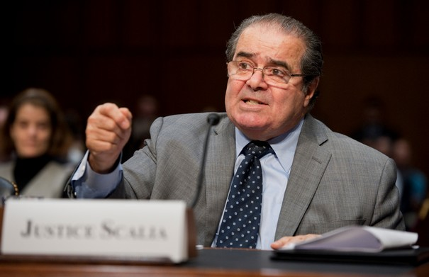 Antonin Scalia dead paving the way for an epic political battle