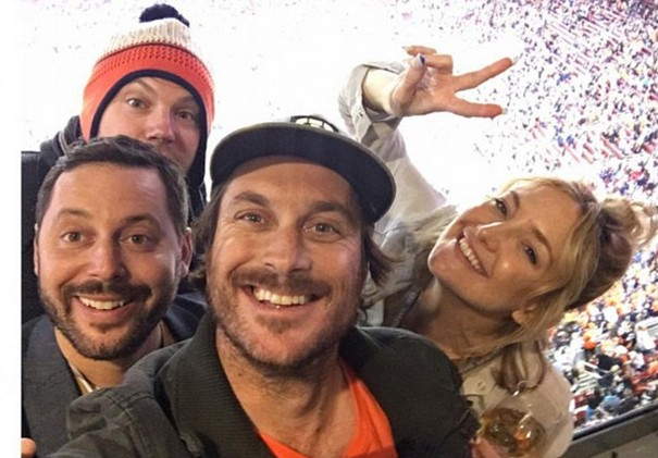 Kate Hudson Celebrities Broncos Victory in Super Bowl 50