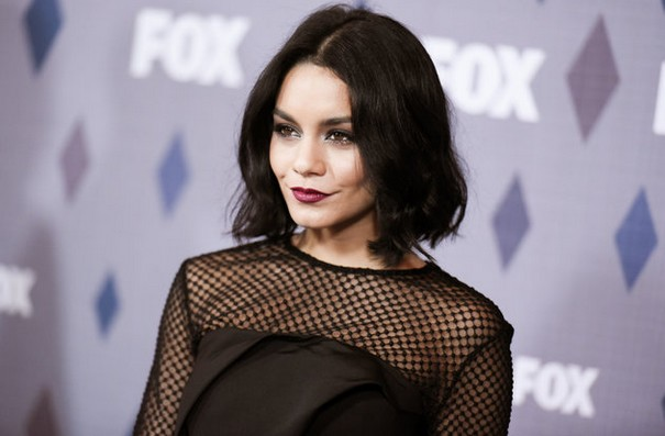 Vanessa Hudgens Dedicates Show To Her Dead Father