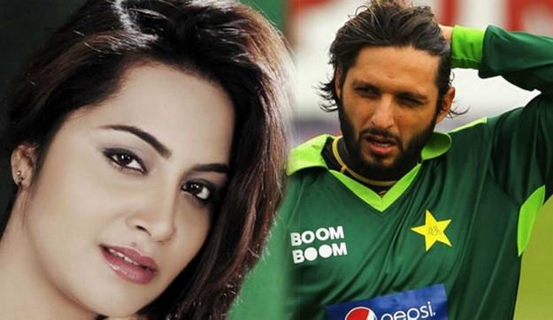 Model Arshi Khan claims She Had Sex with Shahid Afridi
