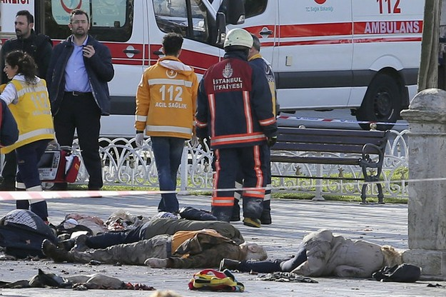Turkish Officials: Islamic State behind Istanbul Attack