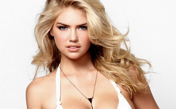 Kate Upton seduces with her famous assets in a hot new photoshoot