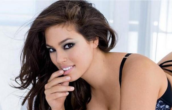 Lingerie Model Ashley Graham Cover Of Latest Maxim Issue