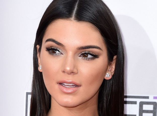 Kendall Jenner Body Measurements Height Weight Bra Size