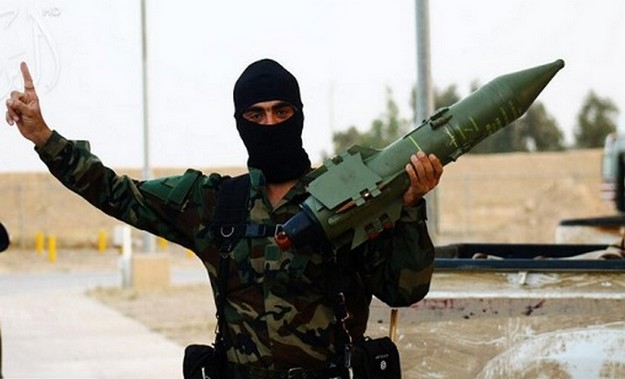 Who is supplying weapons to ISIS