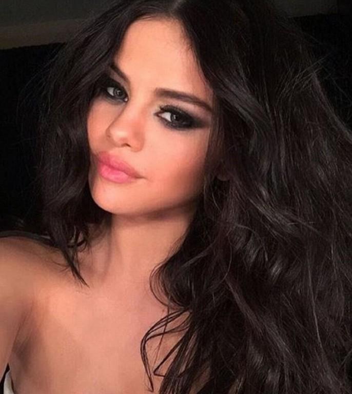 Selena Gomez Braless Allure Australians