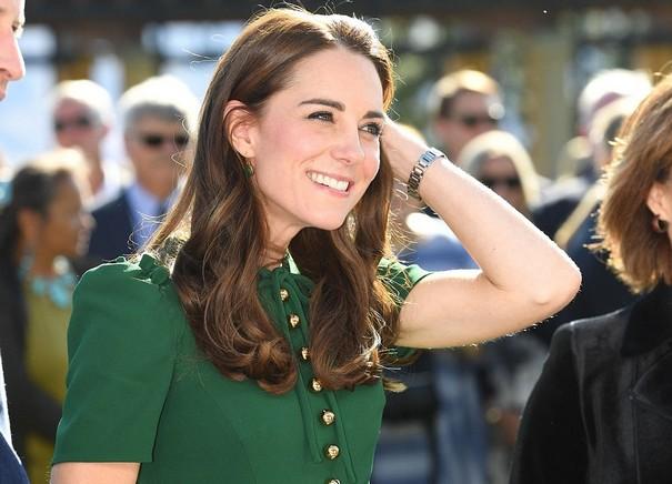 Kate Middleton shines in green Dolce & Gabbana dress