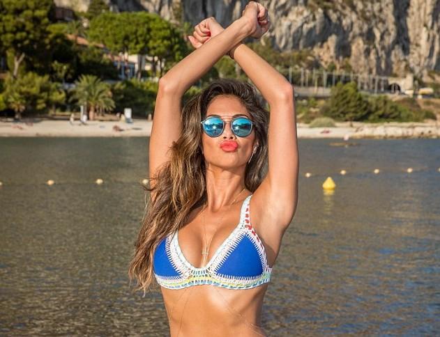 Nicole Scherzinger hot bikini picture