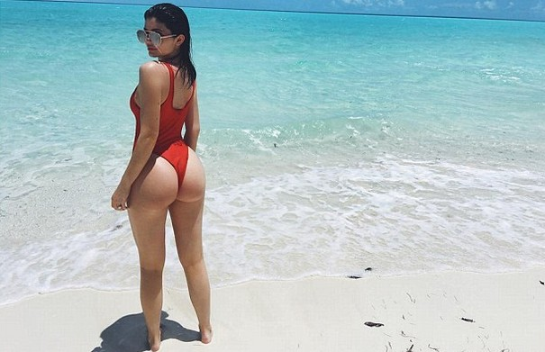 Kylie Jenner posts swimsuit photo on Instagram