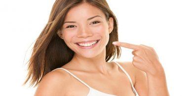 Cosmetic dentist teeth whitening