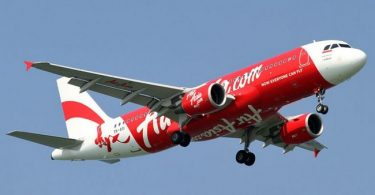 AirAsia Jetliner descends thousands of feet in midair during flight from Perth